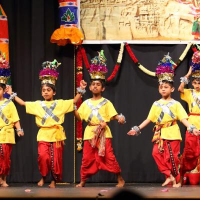 8 12 Years Bollywood Dance 10