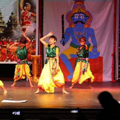 8 12 Years Bollywood Dance 14
