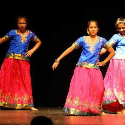 8 12 Years Bollywood Dance 52