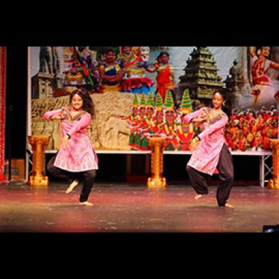 Teen Bollywood Dance